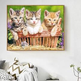 Három macska egy kosárban kreatív gyémánt kirakó készlet
