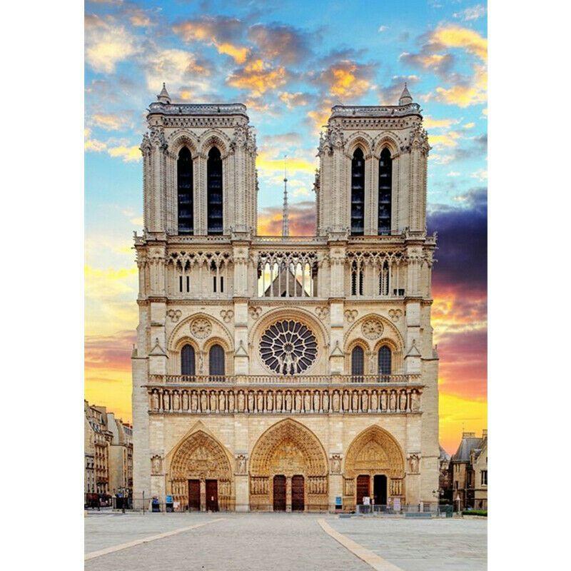 Notre-Dame szemből színes háttérrel kreatív gyémánt kirakó készlet